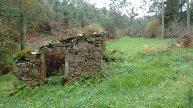 Muiño de Baralláns, val fluvial do Lourido, Corcoesto.