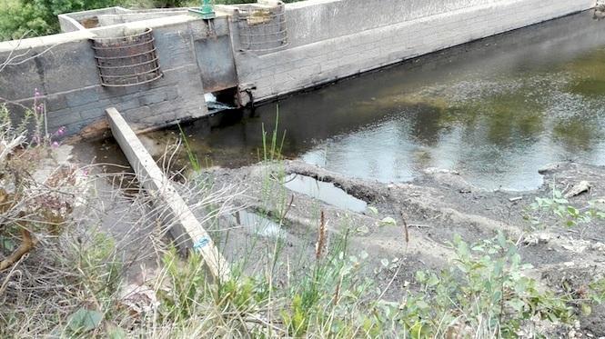 Baixo-caudal-no-Rio-Anllons.jpg