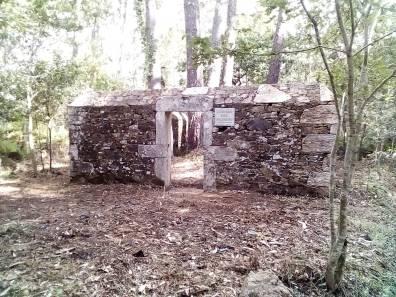 Antigo cemiterio civil de Cortiño